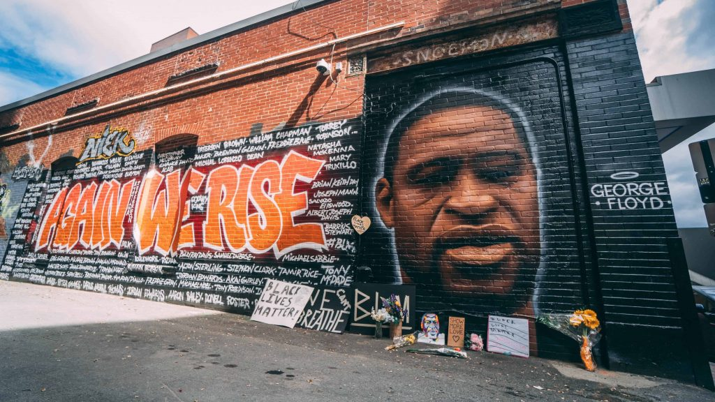 Antiracist mural of George Floyd