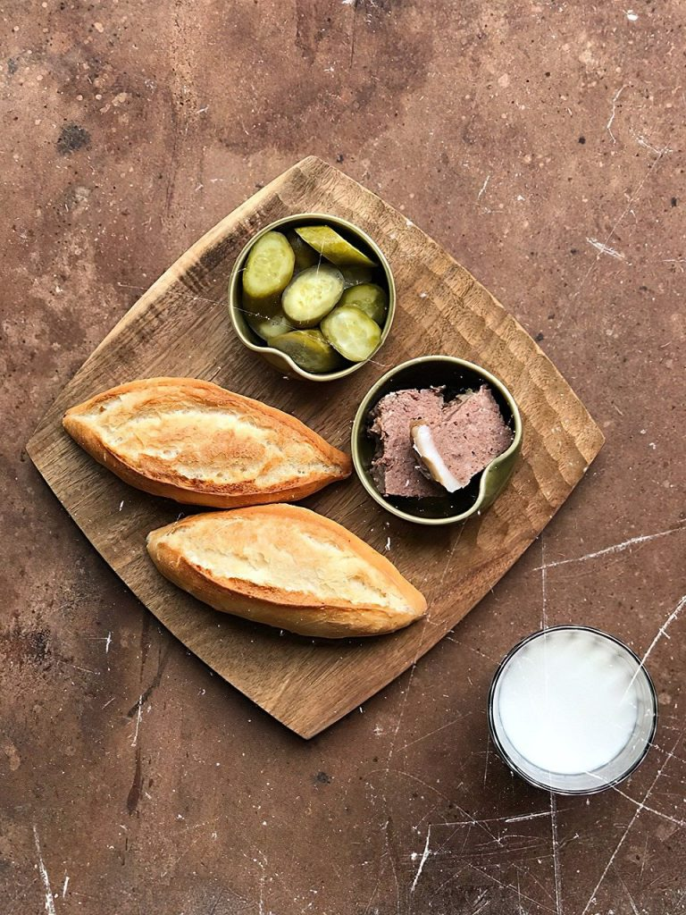 breads, milk, cucumber